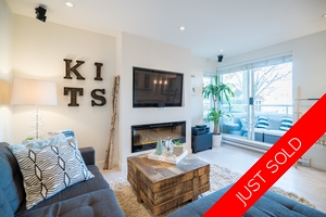Kitsilano Walk-up Condo for sale: Heritage on Cypress 2 Plus Den 944 sq.ft. (Listed 2017-11-07)